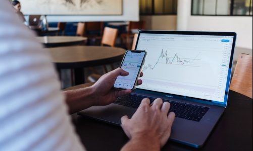 Want to Become a Day Trader? You Can Turn Your Investing Hobby into a Career.