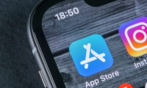 Apple charged over 'anti-competitive' app policies