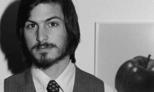 Steve Jobs' handwritten job application is auctioned as NFT or printed