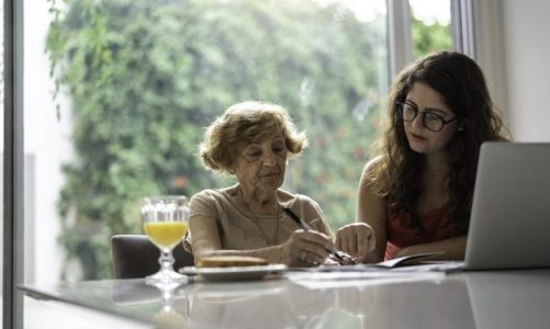Money Mistakes Could Signal Dementia Risk